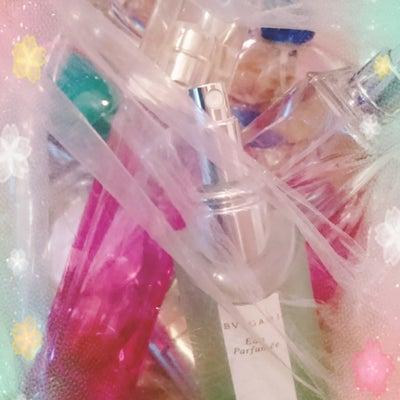 きゃー変態✩私の匂いwwwの記事に添付されている画像