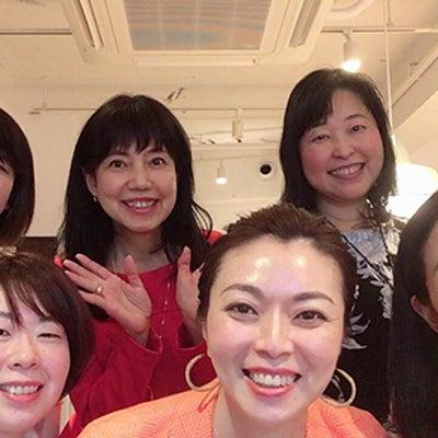 お客様に選ばれる女性起業家の「外見」と「内面」とは?の記事に添付されている画像