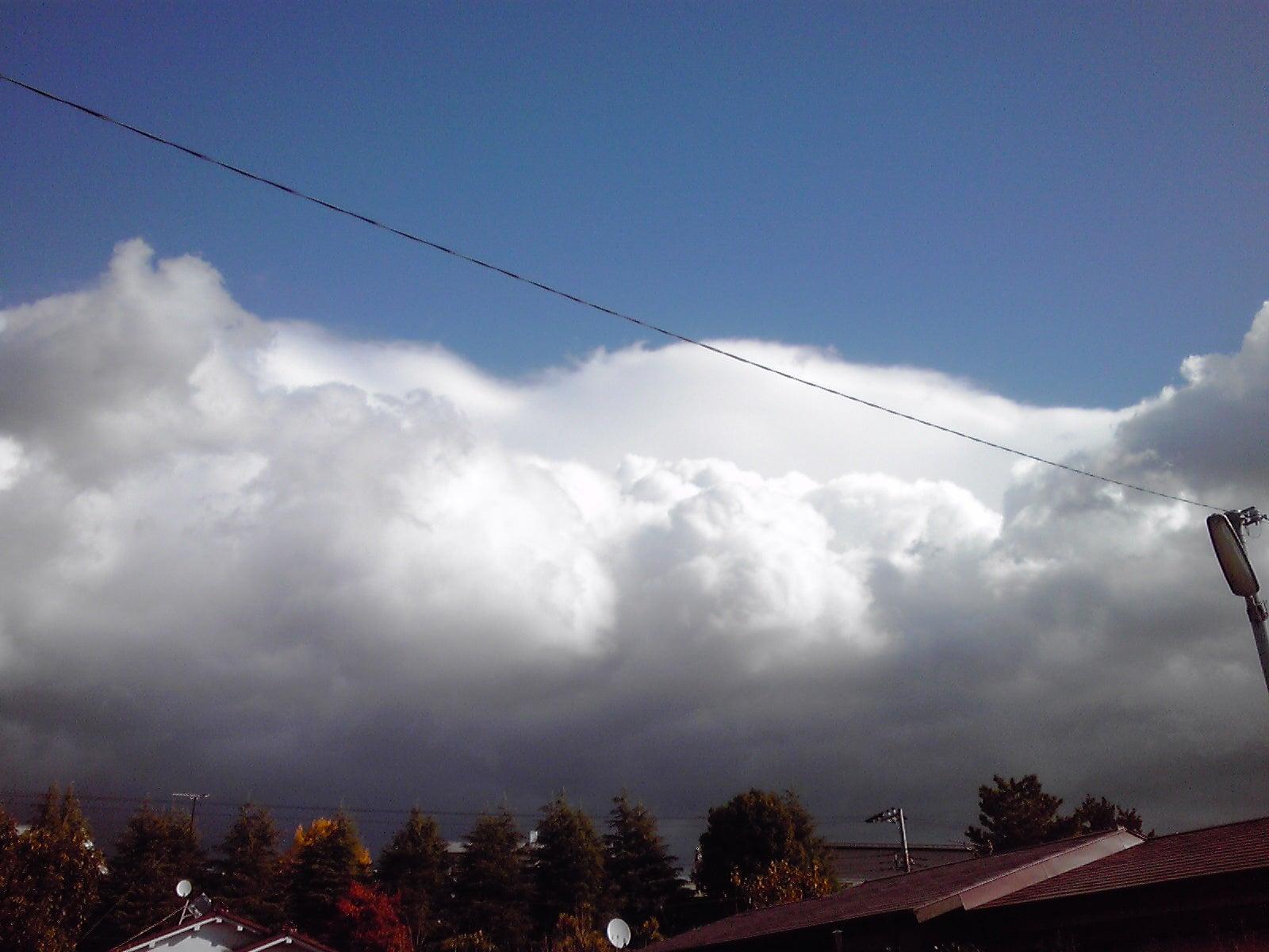 防災 2011 知らせていたよ! 分厚い断層地震雲の出現で