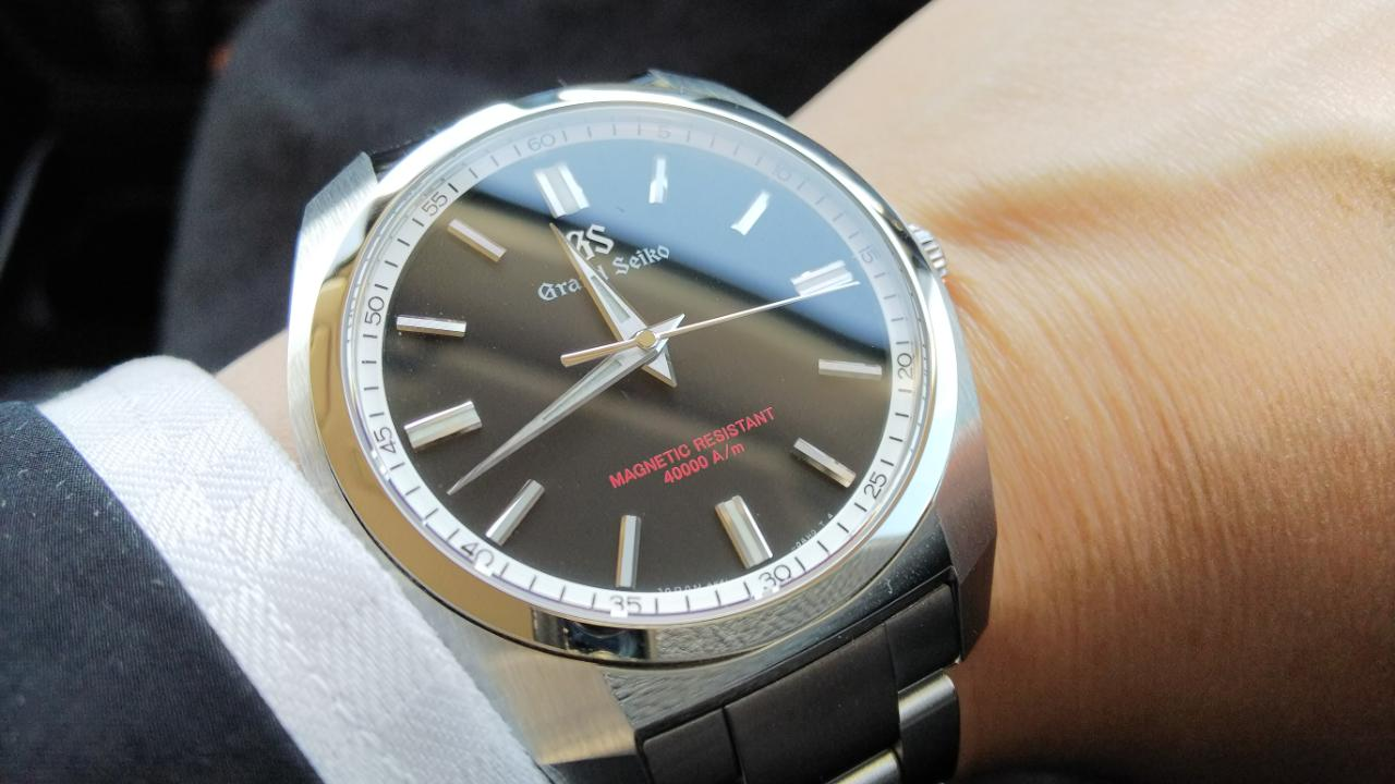 check out 8a31c 6c6be グランドセイコー Grand Seiko Sport Collection SBGX293 ...