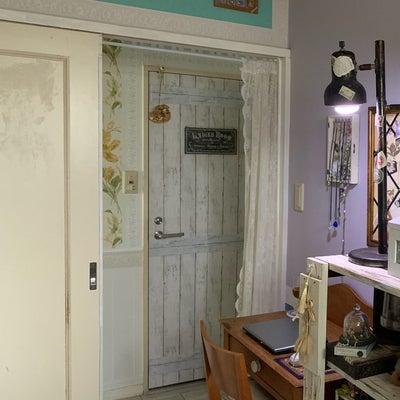 ニトリのインテリアシート★木目シャビーをマイルームドアにもの記事に添付されている画像