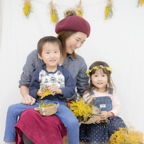 【残りわずか!!】 【つるカメラ育児クラブ】3月は花冠作りorボタニカルフレームの記事に添付されている画像