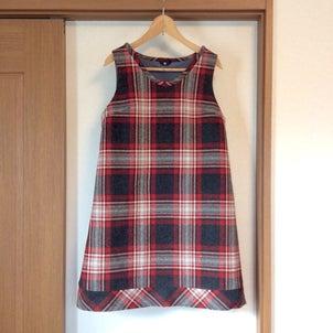 ウールのジャンパースカートの画像