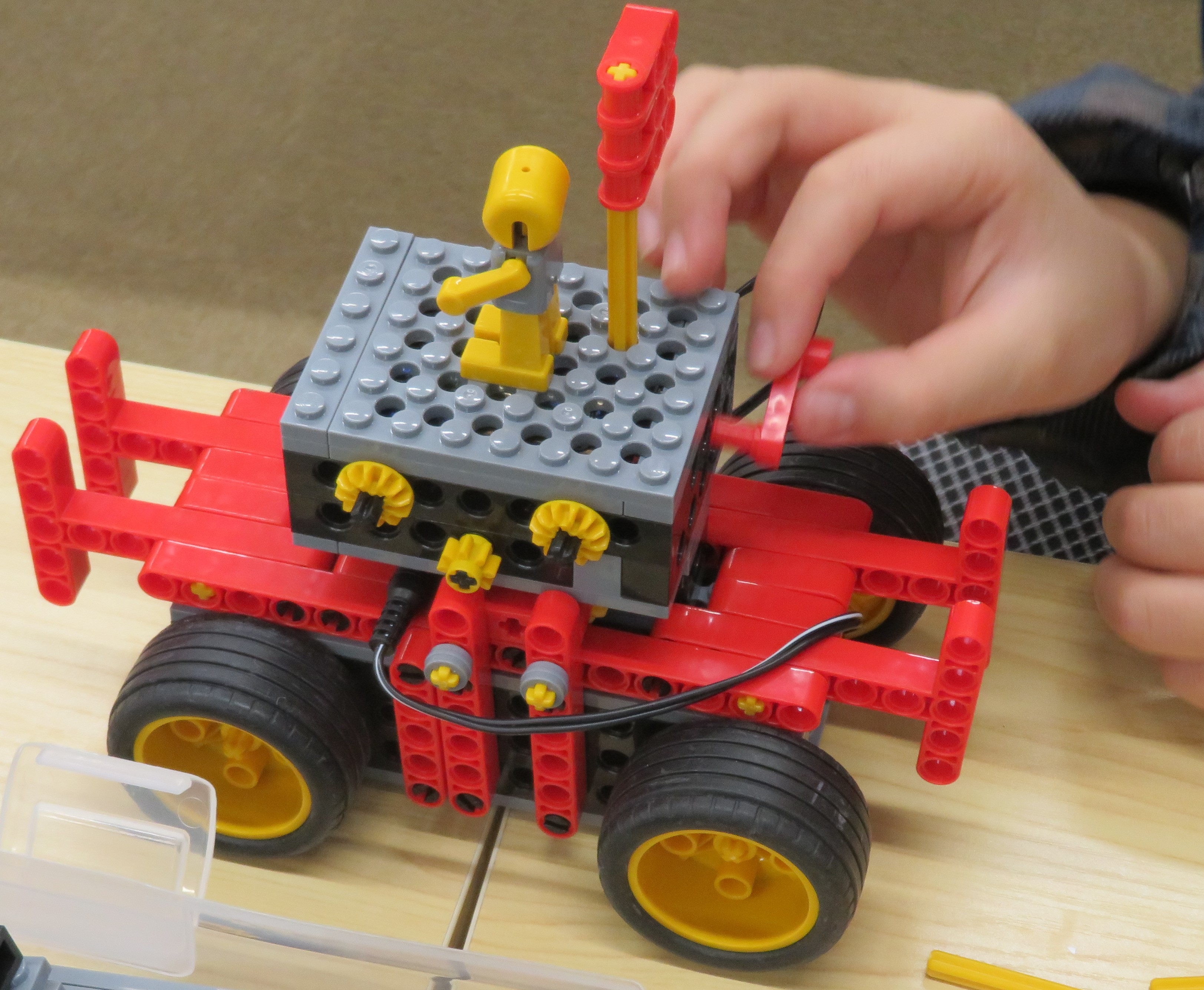GWが明けて  ロボット・プログラミング教室のひかりスクール