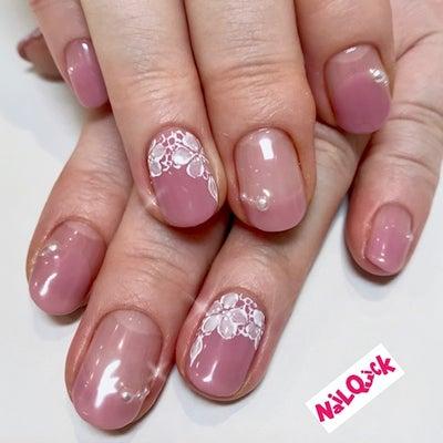 桜レースネイルの記事に添付されている画像