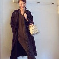 コクーンワンピースとデニムの重ね着コーデ。の記事に添付されている画像