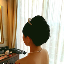 【wedding】挙式披露宴当日レポ⑤サイドまで自分を綺麗に見せてくれるアイテムの記事に添付されている画像