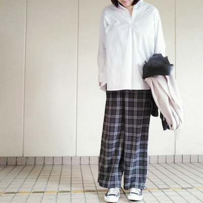 【モデルサイズ女子】UNIQLOのスタンドカラーシャツと豆乳の日コンプリートセッの記事に添付されている画像