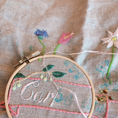 クロヤギシロヤギ刺繍と猫のモコの記事に添付されている画像