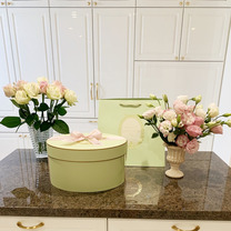 LADUREEのお紅茶とS.T.DUPONTの記事に添付されている画像
