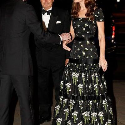 【英国王室】キャサリン妃 ナショナル・ポートレート・ギャラリー2019の記事に添付されている画像