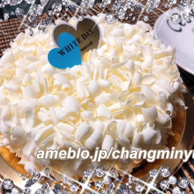★ホワイトデーにモロゾフのホワイトケーキ&イチゴ★の記事に添付されている画像