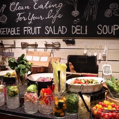 Cosme Kitchen Adaptation 表参道ヒルズで もり盛りサラダの記事に添付されている画像