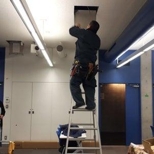 プロジェクター天吊工事の画像
