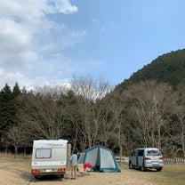 ストウブ持ってキャンプへ行こうの記事に添付されている画像