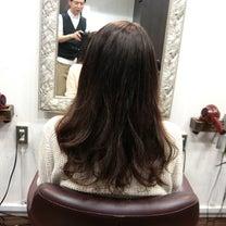 SiESTA阿佐ヶ谷で毛先のカールを残して縮毛矯正、S垣さん。 の記事に添付されている画像
