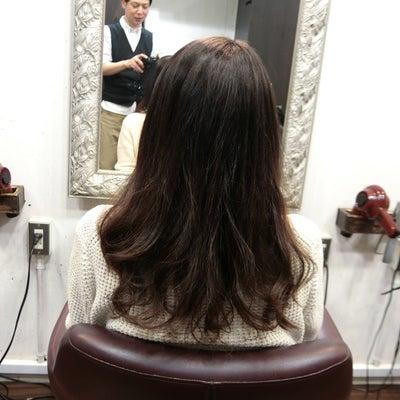 SiESTA阿佐ヶ谷で毛先のカールを残して縮毛矯正、S垣さん。の記事に添付されている画像