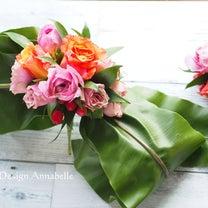 ウェディグドレスを飾る花の記事に添付されている画像