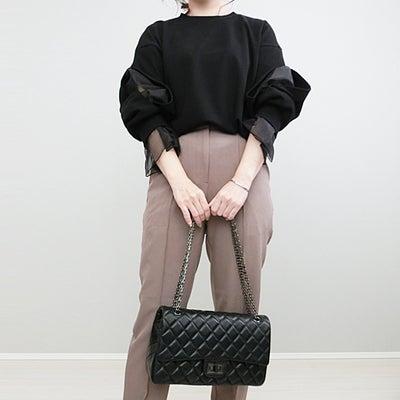 DHOLICの大人可愛いボリューム袖トップスで上品コーデ!の記事に添付されている画像