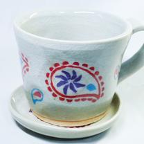 ペイズリー柄のコーヒーカップの記事に添付されている画像