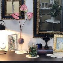 インテリア壁掛け仏壇と季節のお花:ピンクのアンスリウム(紅団扇)の記事に添付されている画像