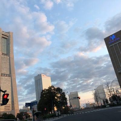 横浜発、モーニングデニーズ‼️幸せ‼️の巻きの記事に添付されている画像