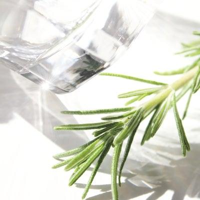 色々な水が販売されてるけども… 保存水や高濃度シリカ水の記事に添付されている画像