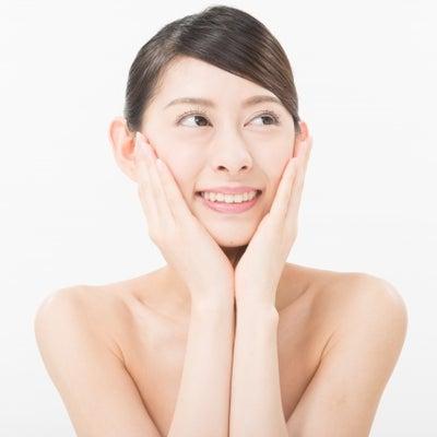 一度の施術でこんなのキュッと♪な小顔矯正の記事に添付されている画像