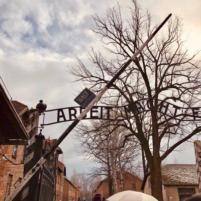 アウシュビッツ、ビルケナウ収容所の記事に添付されている画像