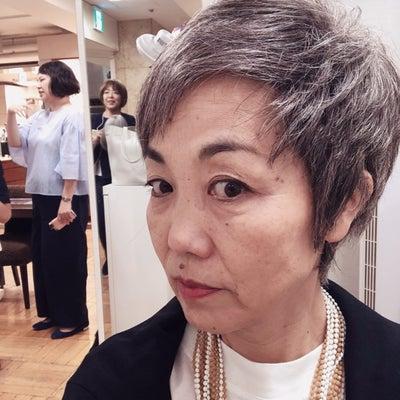 日本橋三越でグレイヘアトークショーをします!の記事に添付されている画像