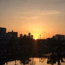 オレンジに染まる空!ハッピーマンデー・モーニングラフター♪の記事に添付されている画像