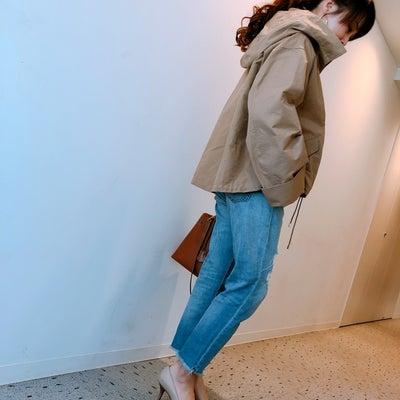 ファッションの記事に添付されている画像