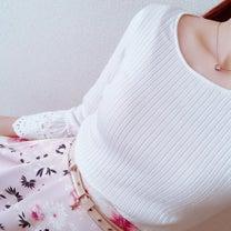 アプの春ニット×お気に入り上品スカートコーデ♡の記事に添付されている画像