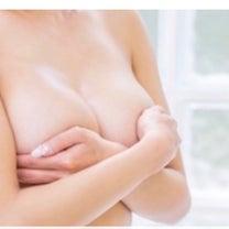 バストが綺麗に見える位置の記事に添付されている画像