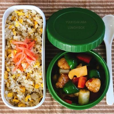 おかず1品!楽ちんだけど栄養満点お弁当!シンプルなたまご炒飯と、ササミの1品おかの記事に添付されている画像