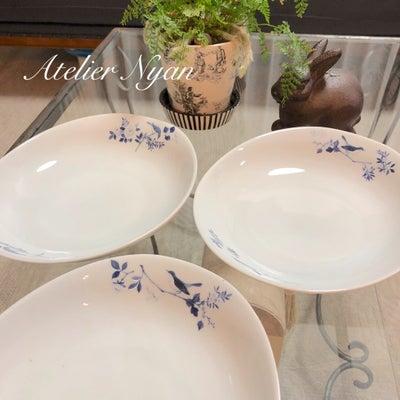 カレー皿、シノワズリの鳥さんをモチーフ使いで。の記事に添付されている画像
