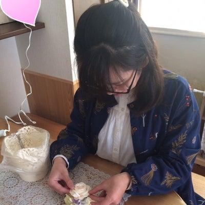 ◇レッスンレポ◇自分好みのコサージュができて嬉しい♡コサージュレッスンの記事に添付されている画像