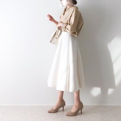友人が絶賛していたシワにならず着崩れないスカート×Lサイズを購入したGUシャツの記事に添付されている画像