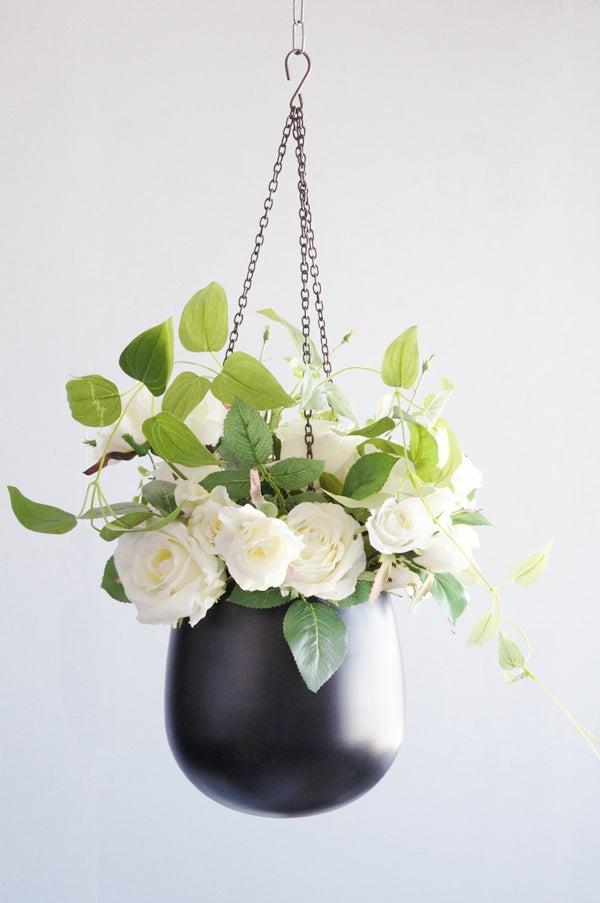ホワイトローズ 吊るすスタイル 白いバラ 造花 アートフラワー