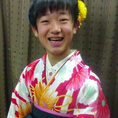 小学生の卒業式の袴の着付けのお客様です。戸塚 着物 美容室 浴衣 時間外 早朝 の記事に添付されている画像