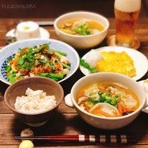 鶏出汁が出たササミの茹で汁を活用!野菜も入れて、具沢山の餃子スープは、しっかりおの記事に添付されている画像