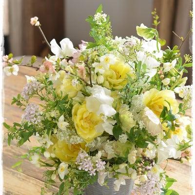 【フレンチスタイル】チューリップと梅、水仙♪春爛漫のコンポジションの記事に添付されている画像