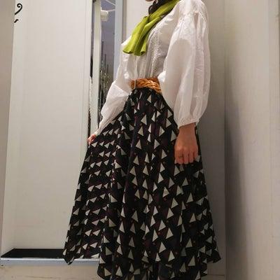 アシンメトリースカートの記事に添付されている画像