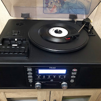 レコードをCDに録音中。第4週目の来週は日本クラウン所属歌手の昭和歌謡特集!の記事に添付されている画像