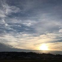 微妙な空の火曜日の記事に添付されている画像
