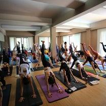 inside flow yogaの記事に添付されている画像