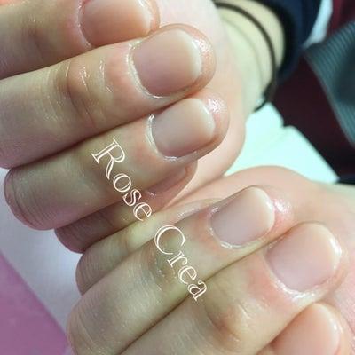 ケア込みの自爪育成ジェルネイルの記事に添付されている画像