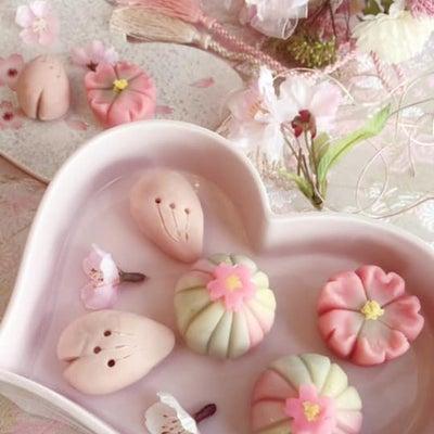 春爛漫★アーティフイシャルフラワーブーケと練り切りの記事に添付されている画像