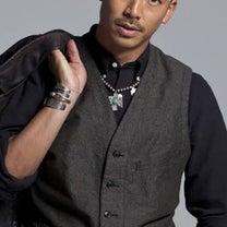 紳士服のアオキにしか見えないEXILE AKIRAの記事に添付されている画像