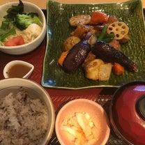 鶏と野菜の黒酢あん定食の記事に添付されている画像